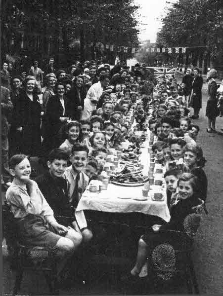 Rhodesia Road street party